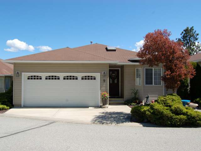 Main Photo: 9 - 7110 HESPELER ROAD in Summerland: House for sale : MLS®# 143570