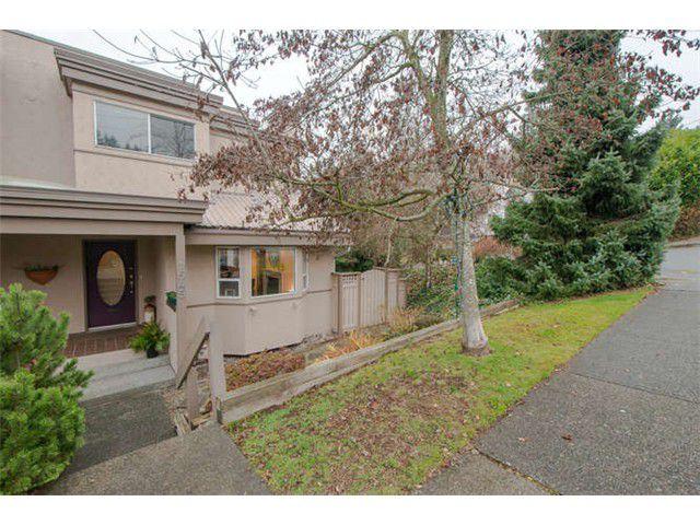 "Main Photo: 1545 BEWICKE AV in North Vancouver: Hamilton House 1/2 Duplex for sale in ""Hamilton"" : MLS®# V1041444"