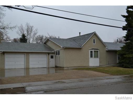 Main Photo: 106 6th Avenue North: Warman Single Family Dwelling for sale (Saskatoon NW)  : MLS®# 535025