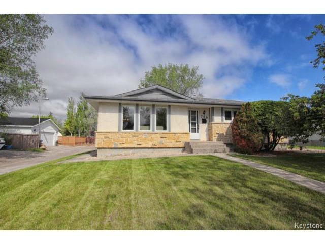 Main Photo: 780 Beaverhill Boulevard in WINNIPEG: Windsor Park / Southdale / Island Lakes Residential for sale (South East Winnipeg)  : MLS®# 1514520