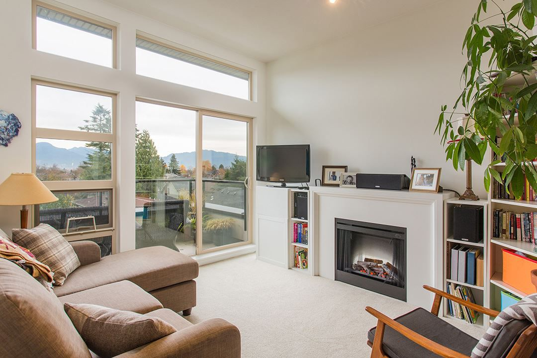 "Main Photo: 404 738 E 29TH Avenue in Vancouver: Fraser VE Condo for sale in ""CENTURY"" (Vancouver East)  : MLS®# R2121779"