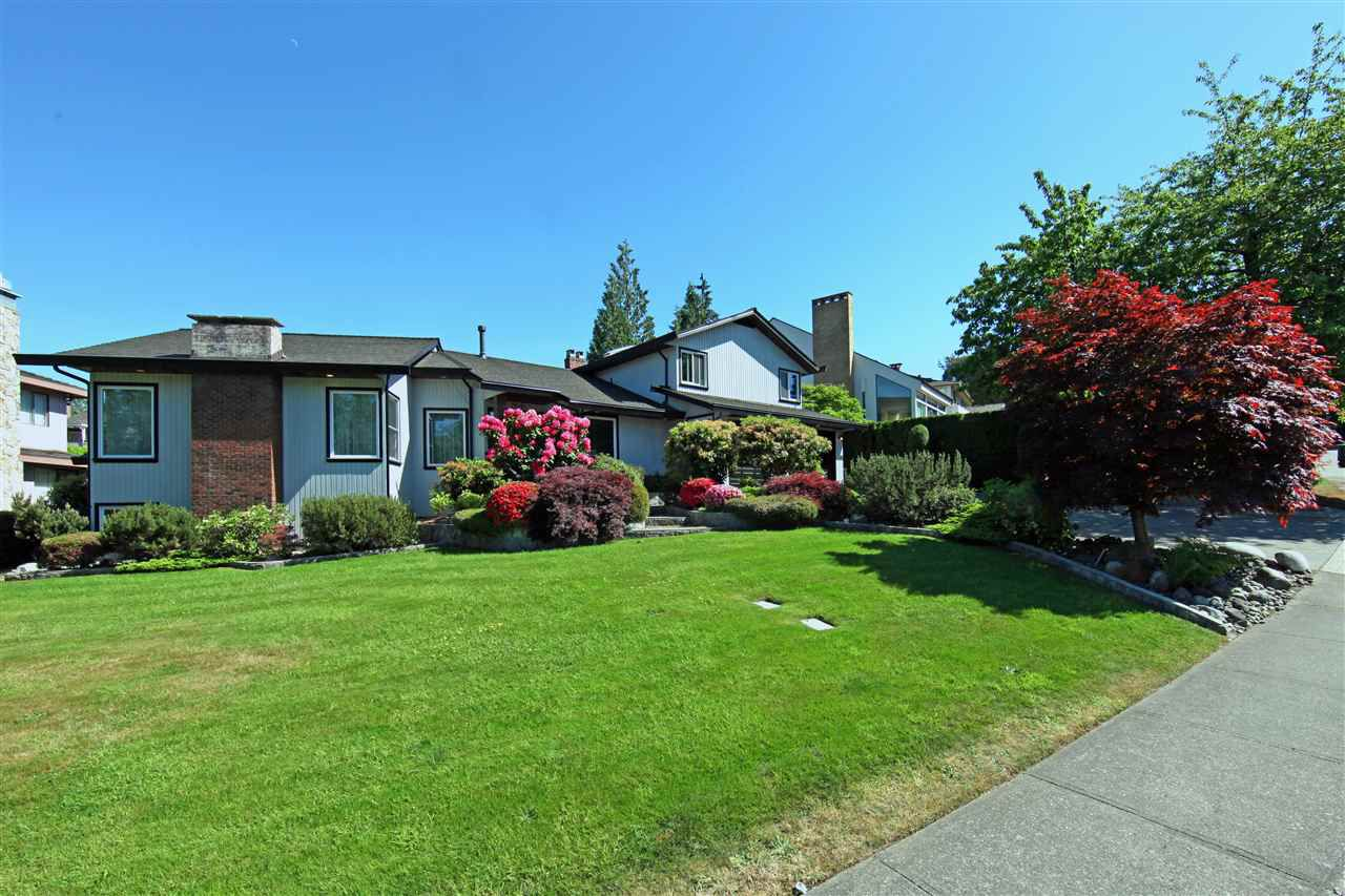 Main Photo: 7516 LAMBETH Drive in Burnaby: Buckingham Heights House for sale (Burnaby South)  : MLS®# R2125753