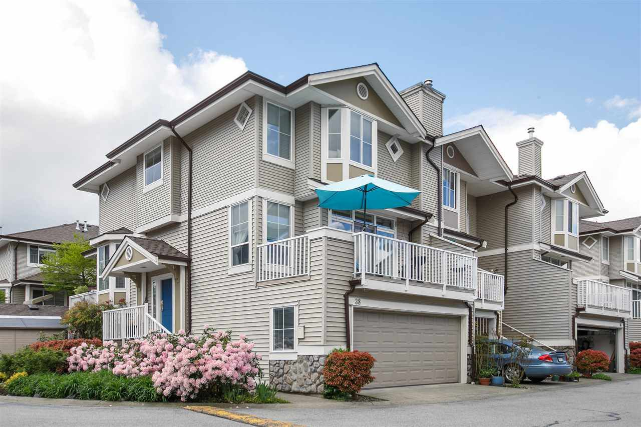 """Main Photo: 38 6950 120 Street in Surrey: West Newton Townhouse for sale in """"COUGAR CREEK"""" : MLS®# R2171095"""