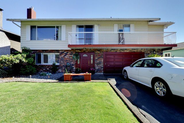Main Photo: 1568 CHADWICK AVENUE in Port Coquitlam: Glenwood PQ House for sale : MLS®# R2182375