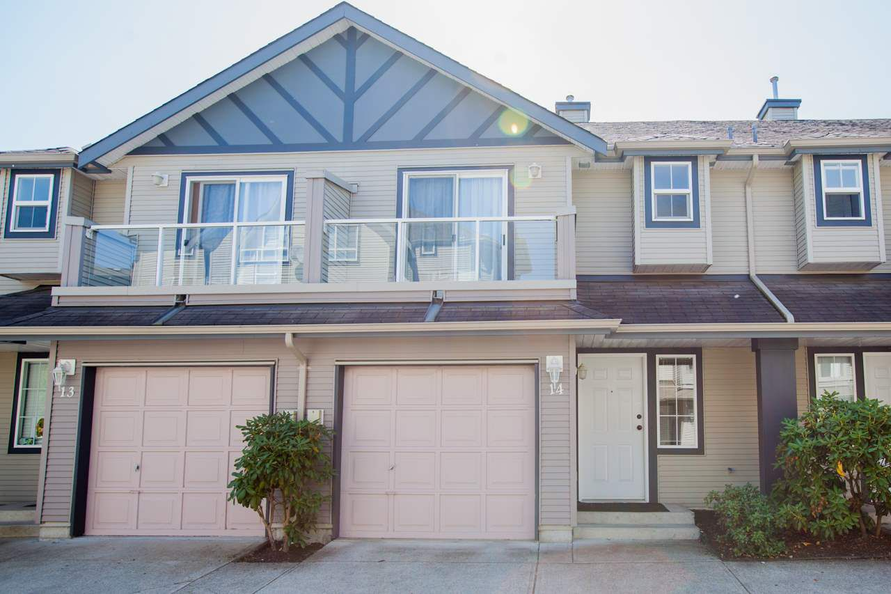Main Photo: 14 11229 232 STREET in Maple Ridge: East Central Townhouse for sale : MLS®# R2187267