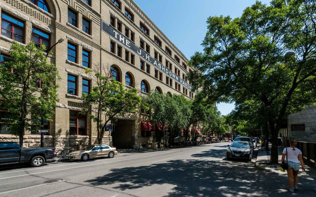 Main Photo: 167 Bannatyne Avenue in Winnipeg: Exchange District Condominium for sale (9A)  : MLS®# 1720338