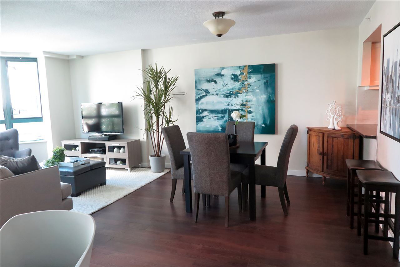 Main Photo: 503 1238 MELVILLE STREET in Vancouver: Coal Harbour Condo for sale (Vancouver West)  : MLS®# R2186632