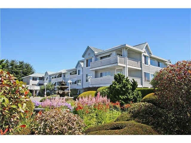 """Main Photo: 318 32833 LANDEAU Place in Abbotsford: Central Abbotsford Condo for sale in """"Park Place"""" : MLS®# R2216442"""