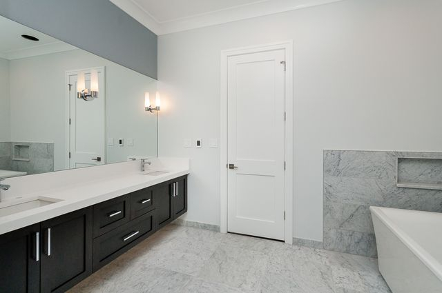 Photo 12: Photos: 863 Mozart Street in CHICAGO: CHI - West Town Single Family Home for sale ()  : MLS®# 09885025