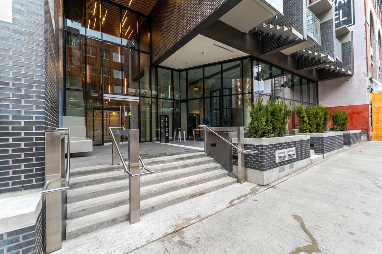 "Main Photo: 1205 1133 HORNBY Street in Vancouver: Downtown VW Condo for sale in ""ADDITION"" (Vancouver West)  : MLS®# R2248327"