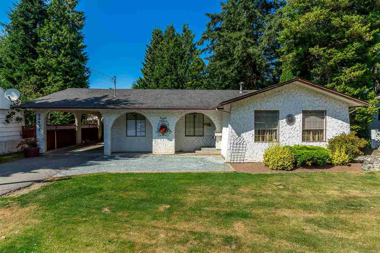 Main Photo: 33437 GEORGE FERGUSON Way in Abbotsford: Central Abbotsford House for sale : MLS®# R2337847