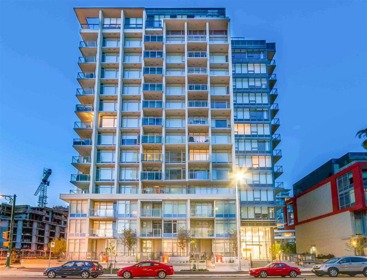 """Main Photo: 908 111 E 1ST Avenue in Vancouver: Mount Pleasant VE Condo for sale in """"Block -100"""" (Vancouver East)  : MLS®# R2347230"""