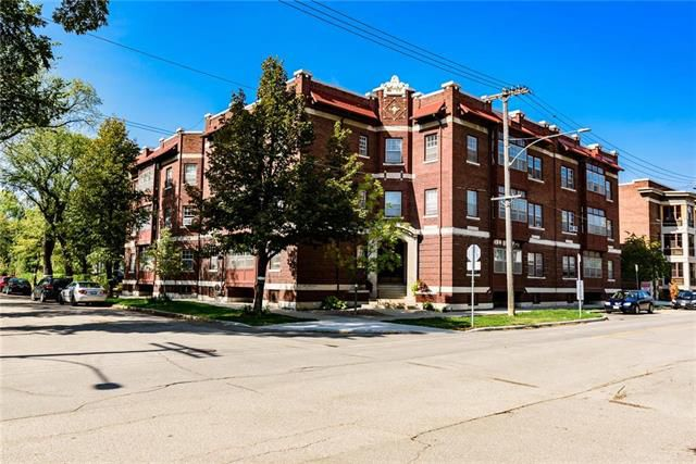 Main Photo: 3 156 Lilac Street in Winnipeg: Condominium for sale (1B)  : MLS®# 1906504