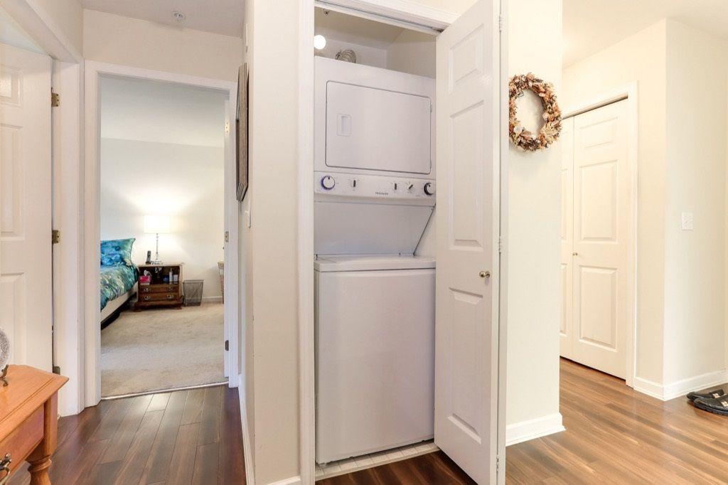 "Photo 16: Photos: 310 4758 53 Street in Delta: Delta Manor Condo for sale in ""SINNINGDALE III"" (Ladner)  : MLS®# R2361282"