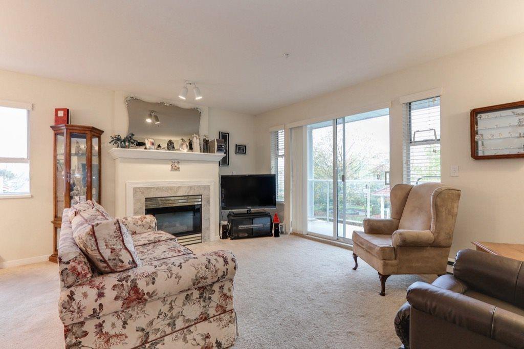 "Photo 1: Photos: 310 4758 53 Street in Delta: Delta Manor Condo for sale in ""SINNINGDALE III"" (Ladner)  : MLS®# R2361282"