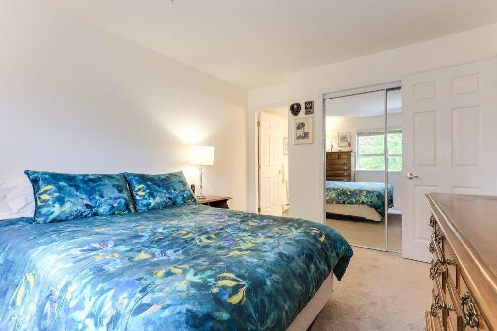 "Photo 12: Photos: 310 4758 53 Street in Delta: Delta Manor Condo for sale in ""SINNINGDALE III"" (Ladner)  : MLS®# R2361282"
