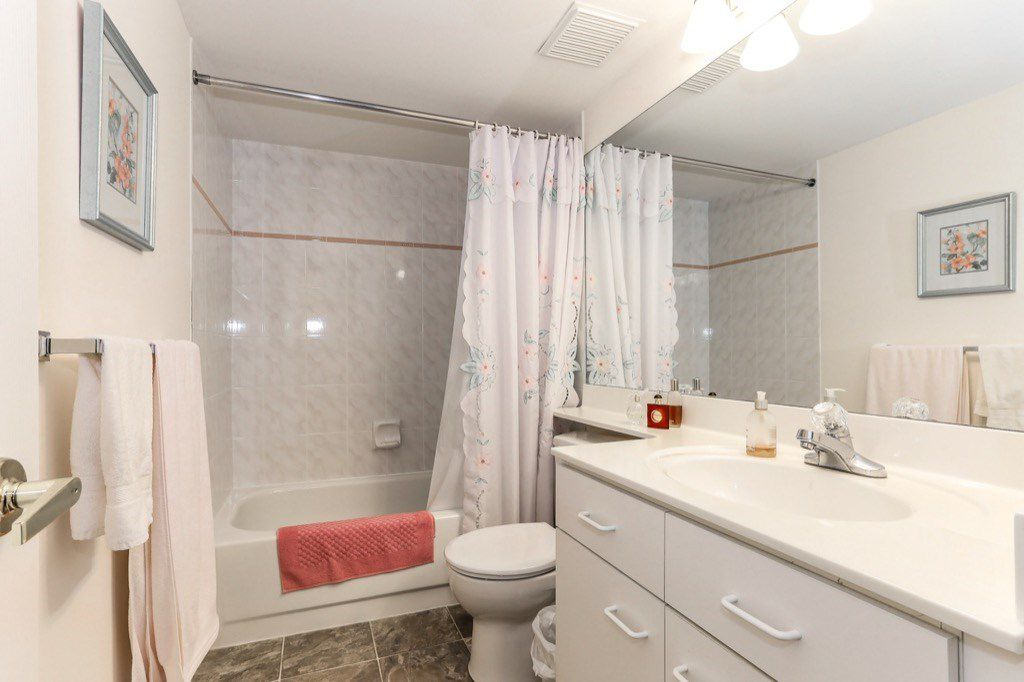 "Photo 13: Photos: 310 4758 53 Street in Delta: Delta Manor Condo for sale in ""SINNINGDALE III"" (Ladner)  : MLS®# R2361282"