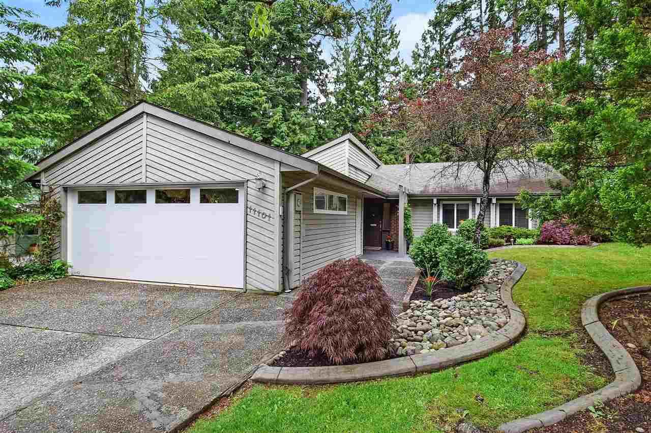 "Main Photo: 11101 PROSPECT Drive in Delta: Sunshine Hills Woods House for sale in ""SUNSHINE HILLS"" (N. Delta)  : MLS®# R2371258"