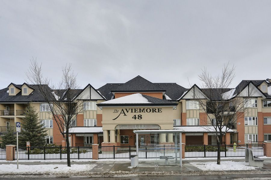 Main Photo: 2134 48 Inverness Gate SE in Aviemore: Condo for sale : MLS®# C3644260
