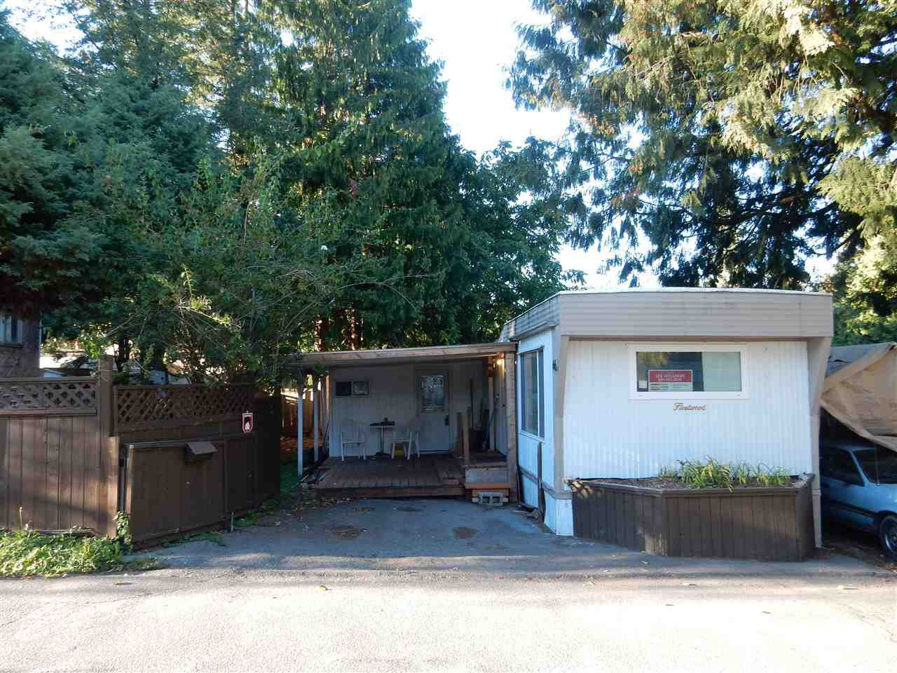 """Main Photo: 66 8190 KING GEORGE Boulevard in Surrey: Bear Creek Green Timbers Manufactured Home for sale in """"KING GEORGE"""" : MLS®# R2108268"""