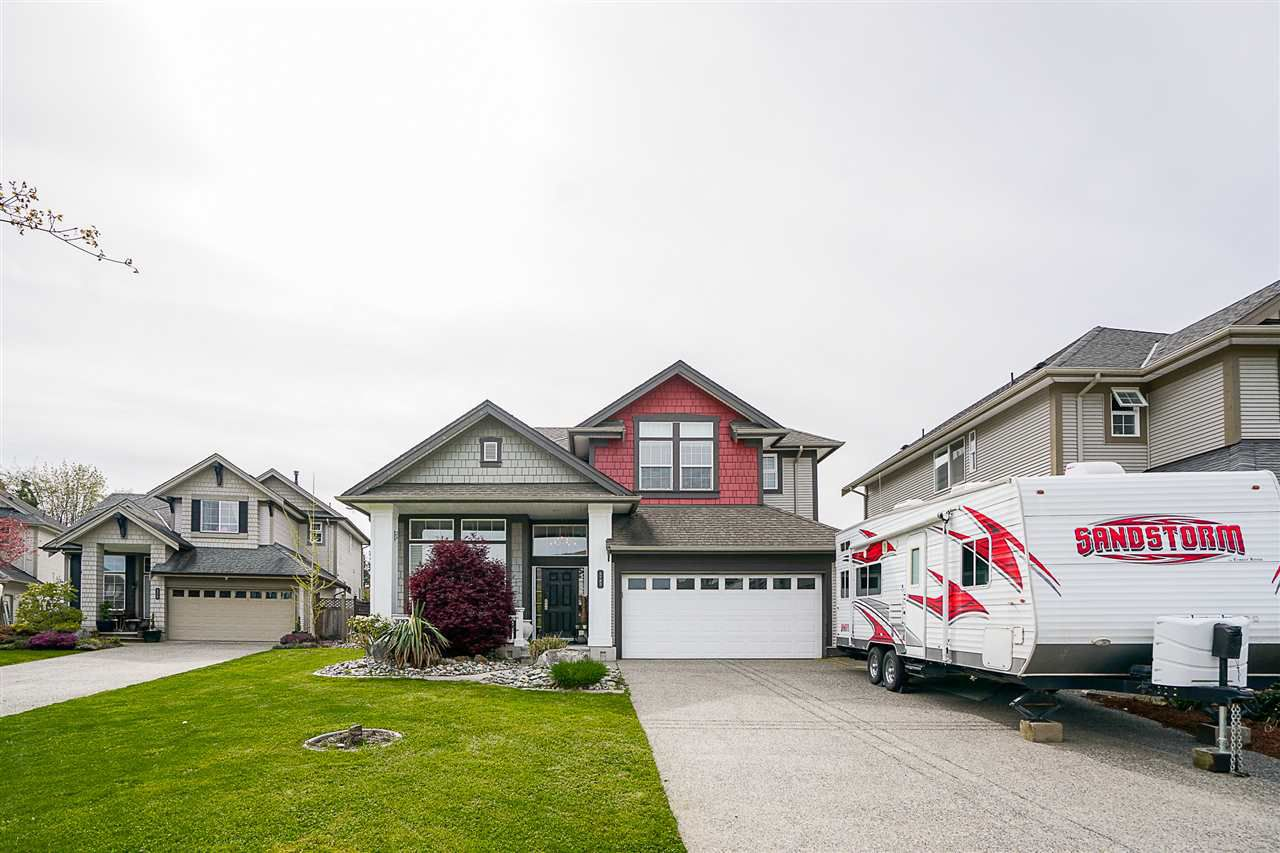 Main Photo: 5785 147A Street in Surrey: Sullivan Station House for sale : MLS®# R2163999