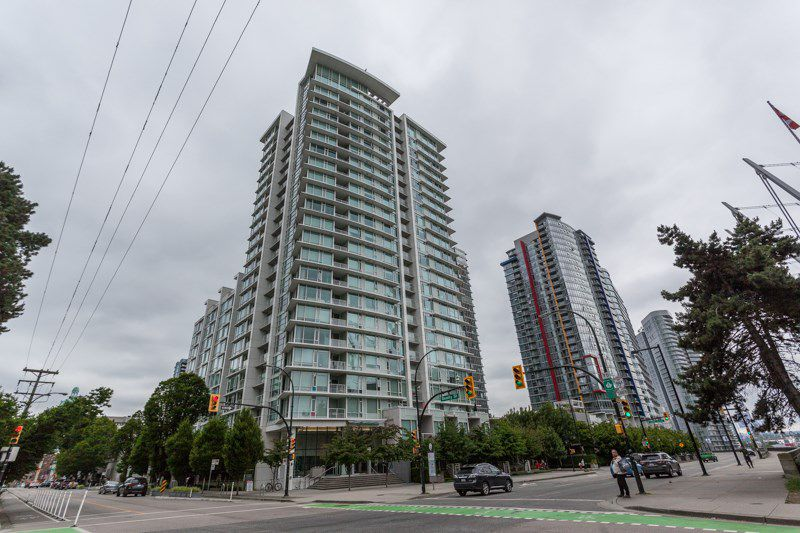 Main Photo: 1710 161 W GEORGIA Street in Vancouver: Downtown VW Condo for sale (Vancouver West)  : MLS®# R2176640
