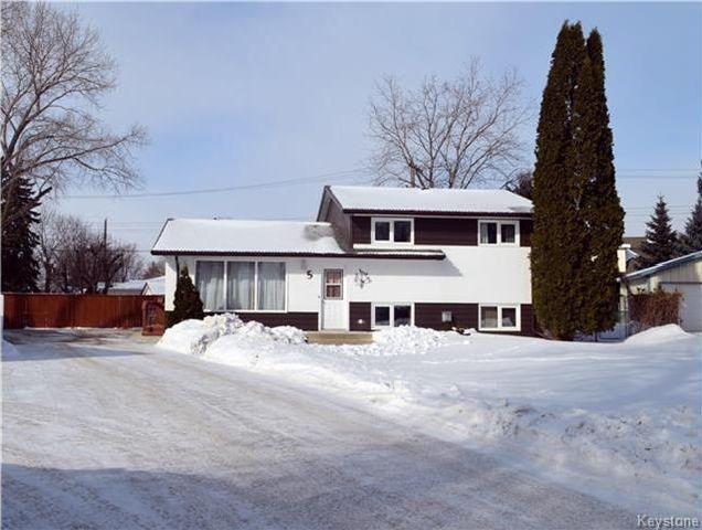 Main Photo: 5 Venus Bay in Winnipeg: West Fort Garry Residential for sale (1Jw)  : MLS®# 1802832