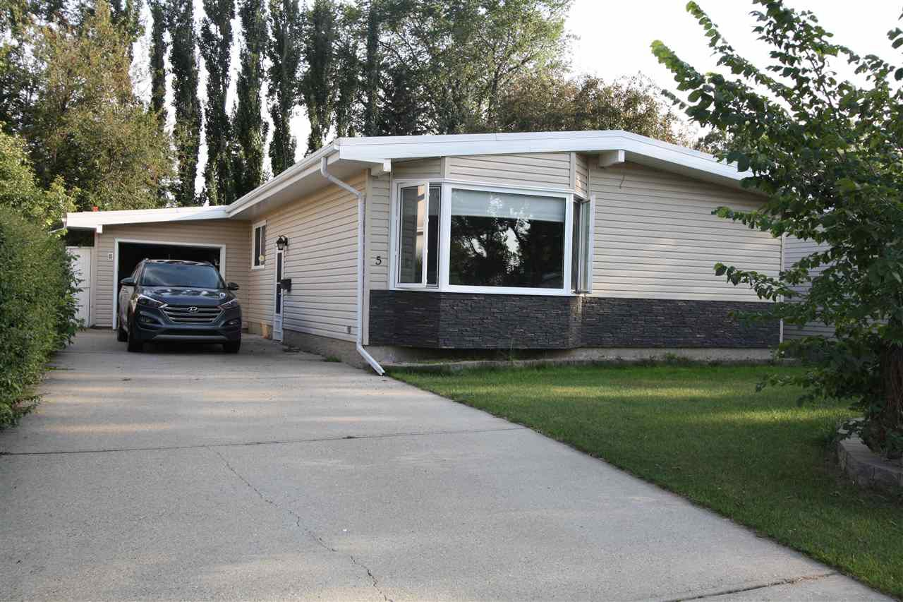 Main Photo: 5 Curlew Crescent: Sherwood Park House for sale : MLS®# E4122574