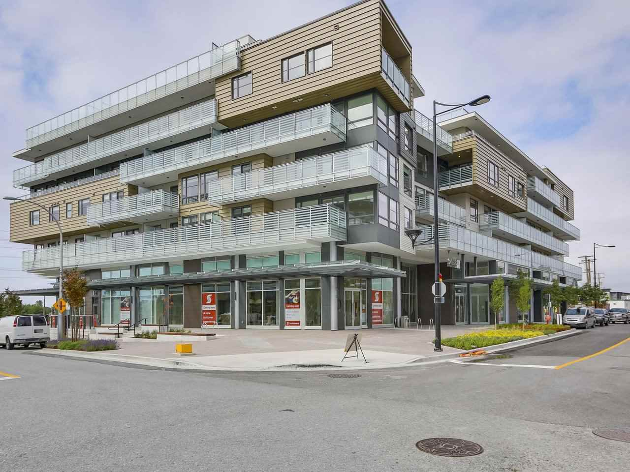 """Main Photo: 609 3488 W SAWMILL Crescent in Vancouver: Champlain Heights Condo for sale in """"THREE TOWN CENTER"""" (Vancouver East)  : MLS®# R2298460"""