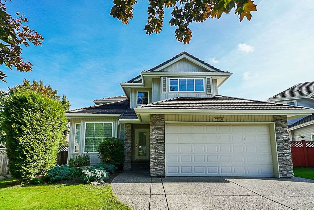 """Main Photo: 7528 145A Street in Surrey: East Newton House for sale in """"CHIMNEY HEIGHTS"""" : MLS®# R2309830"""