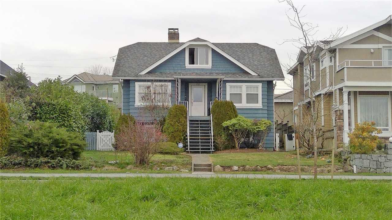 Main Photo: 312 E KEITH Road in North Vancouver: Central Lonsdale House for sale : MLS®# R2338499