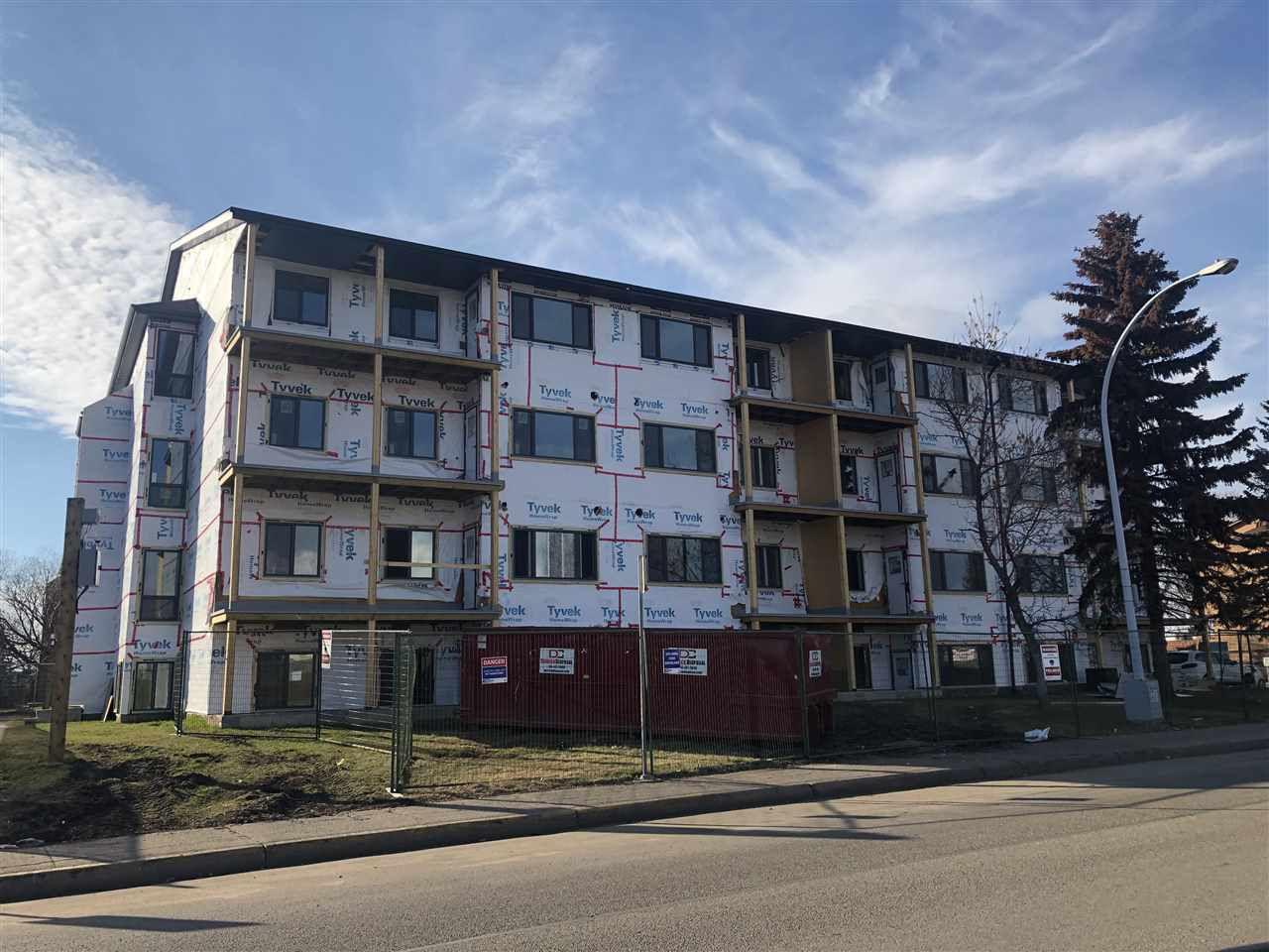Main Photo:  in Edmonton: Zone 35 Condo for sale : MLS®# E4152084