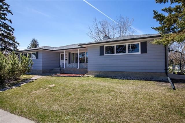 Main Photo: 136 Westwood Drive in Winnipeg: Westwood Residential for sale (5G)  : MLS®# 1911911