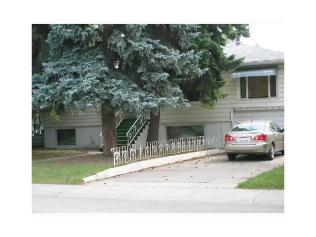 Main Photo: 3404 3 Street NW in CALGARY: Highland Park Residential Detached Single Family for sale (Calgary)  : MLS®# C3463114