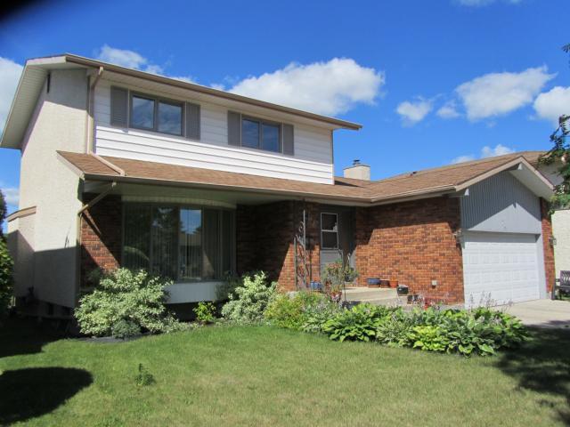 Main Photo: 74 Forest Lake Drive in WINNIPEG: Fort Garry / Whyte Ridge / St Norbert Residential for sale (South Winnipeg)  : MLS®# 1113952