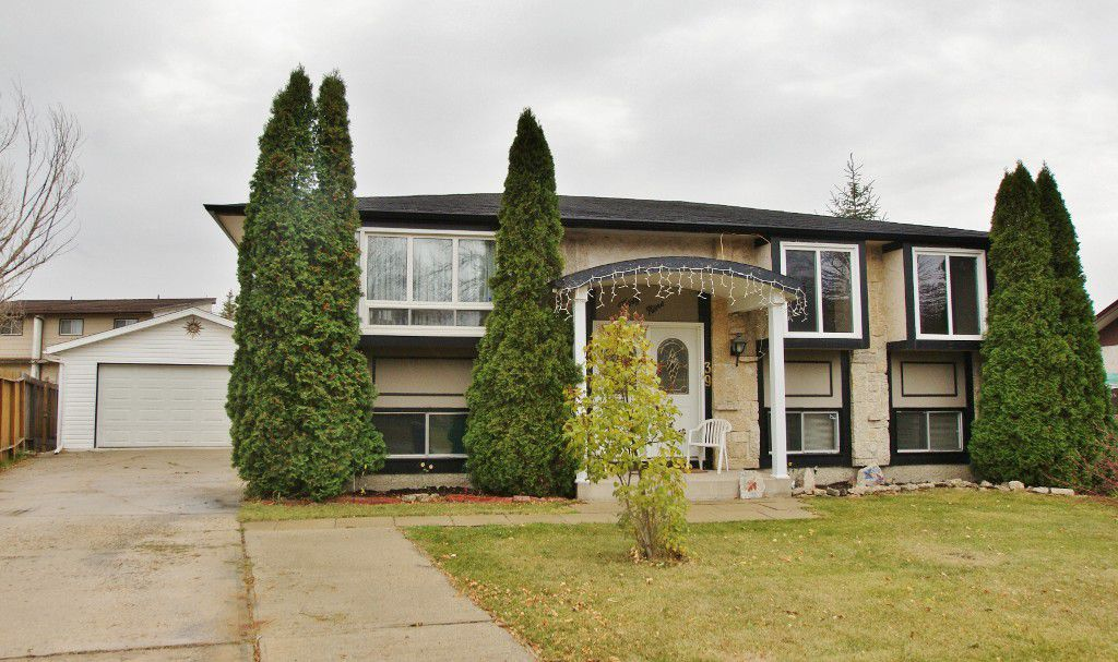 Main Photo: 39 Marchant Crescent in Winnipeg: East Kildonan Residential for sale (North East Winnipeg)