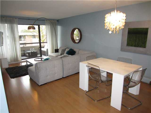 Main Photo: 311 1710 W 13TH Avenue in Vancouver: Fairview VW Condo for sale (Vancouver West)  : MLS®# V990640