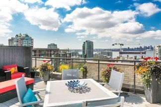"""Main Photo: 502 305 LONSDALE Avenue in North Vancouver: Lower Lonsdale Condo for sale in """"THE MET"""" : MLS®# R2061759"""