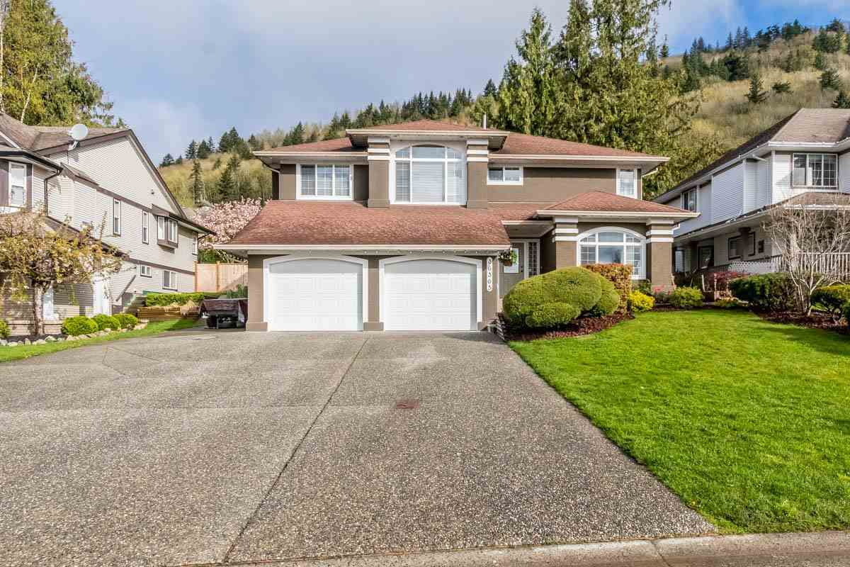 """Main Photo: 36365 SANDRINGHAM Drive in Abbotsford: Abbotsford East House for sale in """"Sumas Mountain"""" : MLS®# R2159225"""