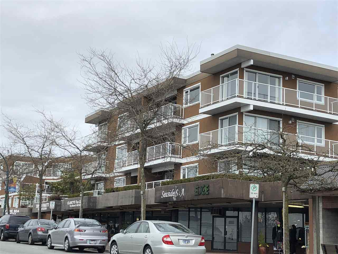 Main Photo: 206 15233 PACIFIC Avenue: White Rock Condo for sale (South Surrey White Rock)  : MLS®# R2251989