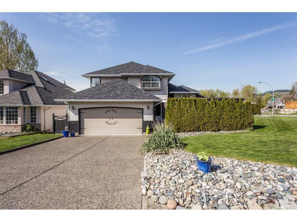 Main Photo: 34473 THOREAU AVENUE in Abbotsford: Abbotsford East House for sale : MLS®# R2261619