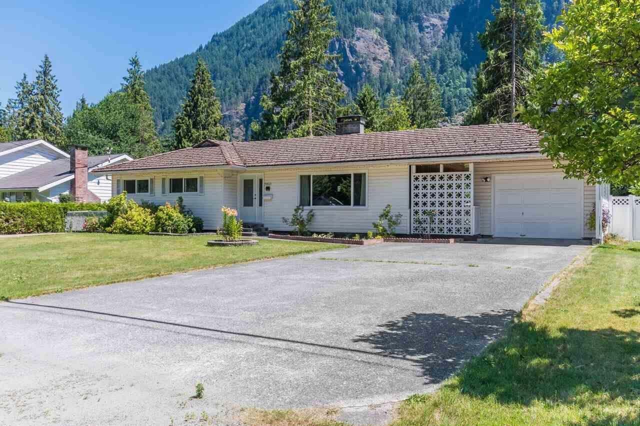Main Photo: 19868 SILVERHOPE Road in Hope: Hope Silver Creek House for sale : MLS®# R2352612