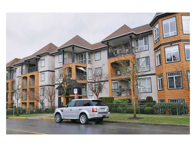 """Main Photo: 412 12207 224TH Street in Maple Ridge: West Central Condo for sale in """"THE EVERGREEN"""" : MLS®# V878346"""