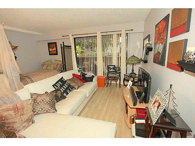 Main Photo: # 106 15369 THRIFT AV: White Rock Condo for sale (South Surrey White Rock)  : MLS®# F1326290