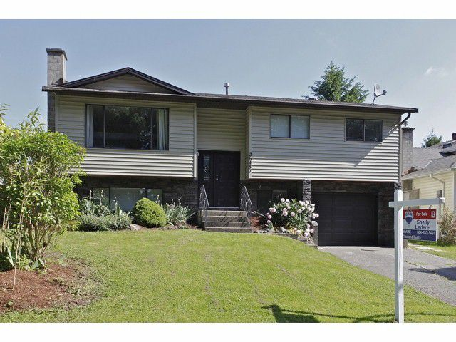 Main Photo: 26457 28 Avenue in Langley: Aldergrove Langley House for sale : MLS®# F1413703