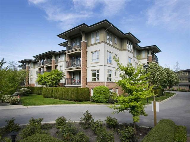 "Main Photo: 2210 5113 GARDEN CITY Road in Richmond: Brighouse Condo for sale in ""LIONS PARK"" : MLS®# R2121846"