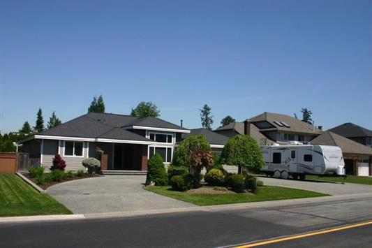 Main Photo: 20377 124B Avenue in Maple Ridge: Northwest Maple Ridge House for sale : MLS®# R2170851
