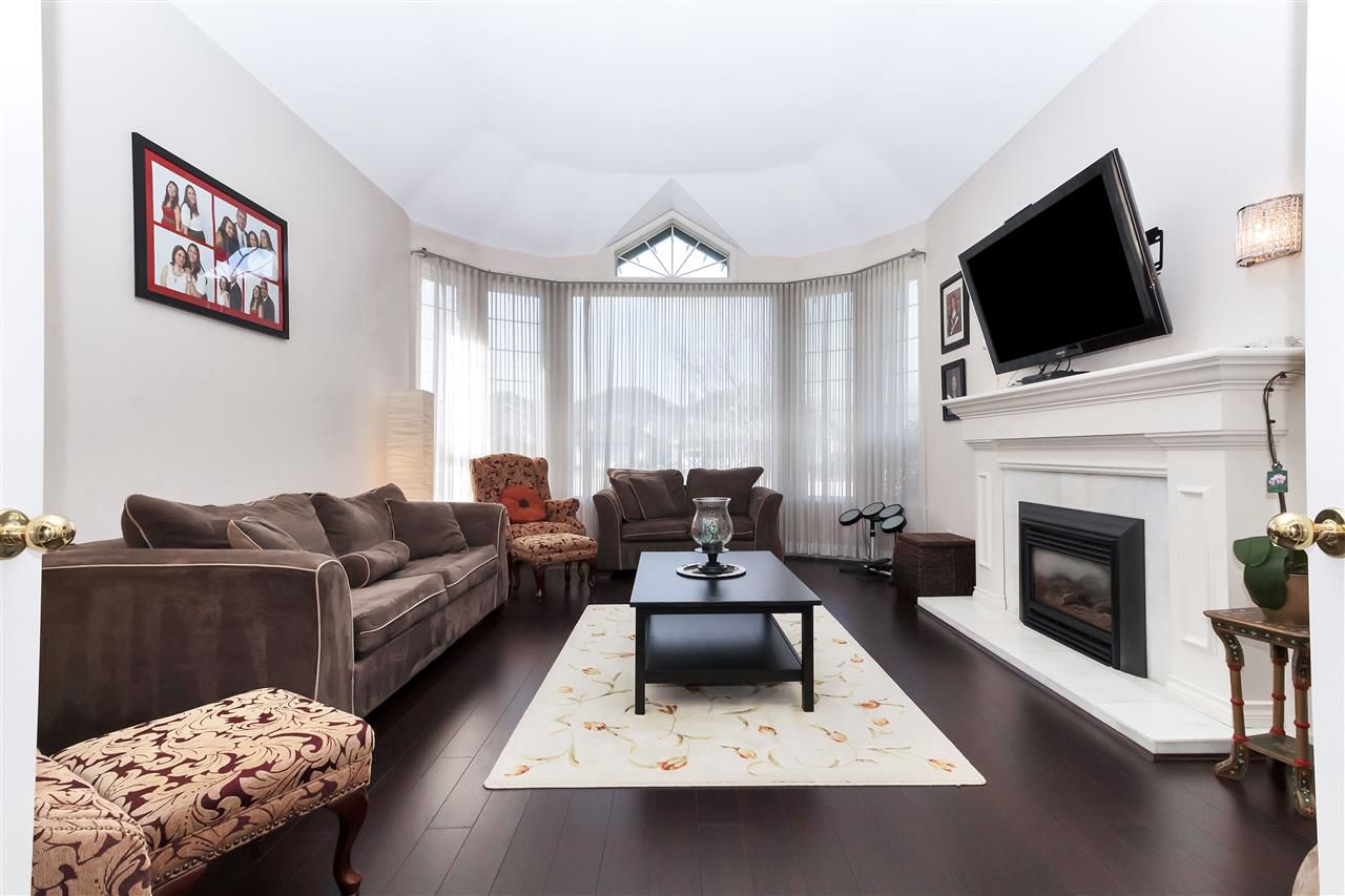 Main Photo: 3820 KILBY Court in Richmond: West Cambie House for sale : MLS®# R2246732