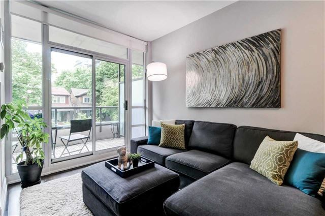 Main Photo: 211 88 Broadway Avenue in Toronto: Mount Pleasant West Condo for sale (Toronto C10)  : MLS®# C4138230