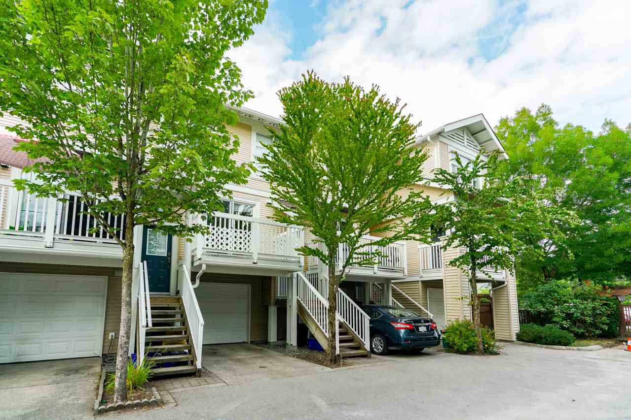 """Main Photo: 70 7179 201 Street in Langley: Willoughby Heights Townhouse for sale in """"DENIM"""" : MLS®# R2320044"""